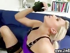 see nylons slut receive fucked