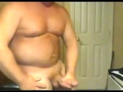 beefy large jock dad busts a sexy nut!